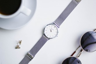 Cluse Watches Silver Mesh // Charleston Blogger Dannon Like The Yogurt