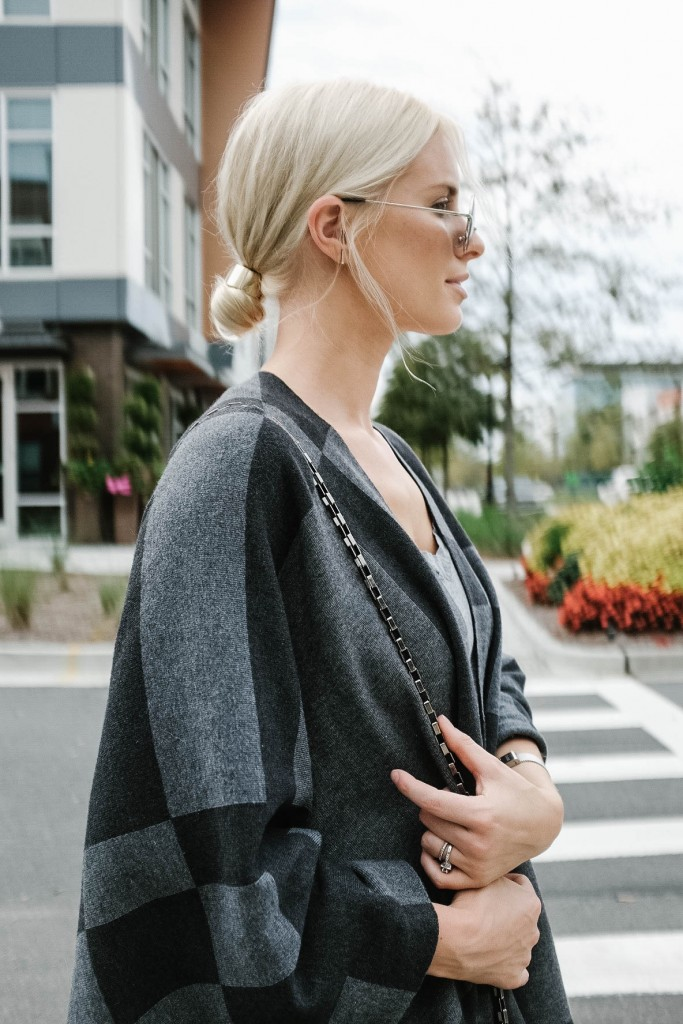 Wrapped in Grays J. McLaughlin Harrow Wrap in Plaid UnionBay Jeggings // Charleston Fashion Blogger Dannon Like The Yogurt