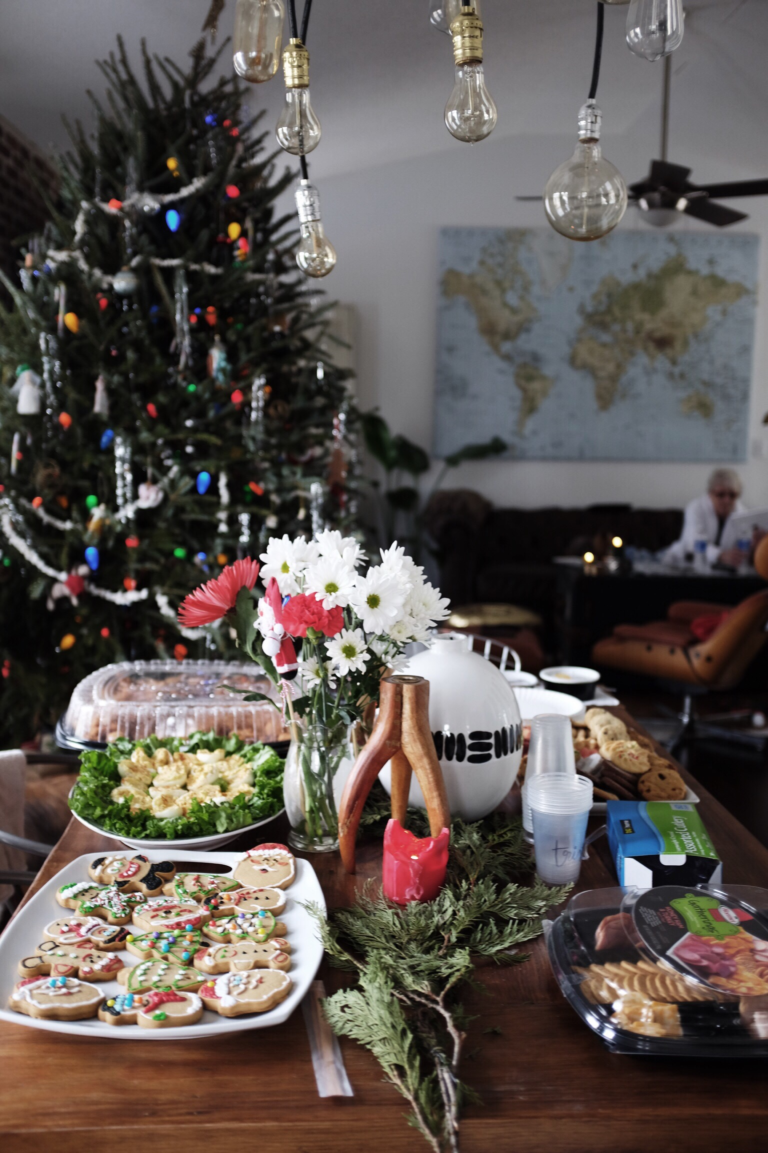 Christmas at The Hellers 2015 // Charleston Fashion Blogger Dannon Like The Yogurt