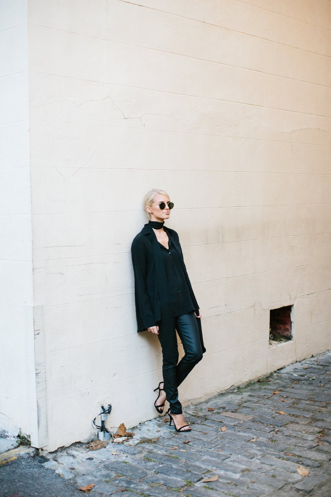 Back to Black // Charleston Fashion Blogger Dannon Like The Yogurt