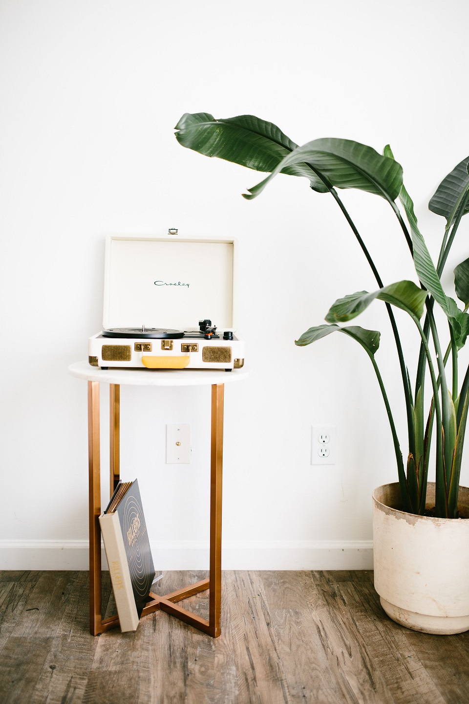 Urban Outfitters Office Record Player Cinema Box Instax Polaroid Printer // Charleston Fashion Blogger Dannon Like The Yogurt