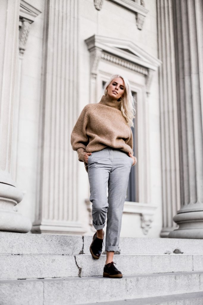Bundled Up in Menswear style oversized knit sweater plaid checkered trousers stovepipe pants oxfords fall 2017 street style Charleston Fashion Blogger Dannon Like The Yogurt