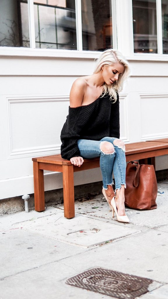 Loose Knits twist back sweater skinny jeans nude heels Charleston Fashion Blogger Dannon Like The Yogurt